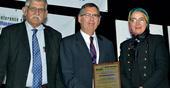 "Professor Virgílio Cruz Machado receives ""IEOM Distinguished Service Award"""