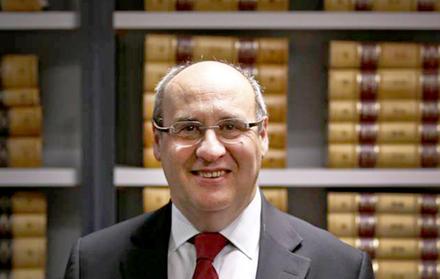 António Vitorino a 5 de Maio na FCT NOVA
