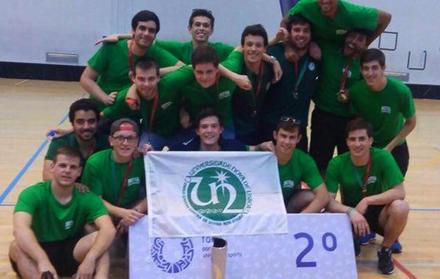 Alunos da FCT NOVA 2º lugar no Torneio Nacional Universitário de Floorball