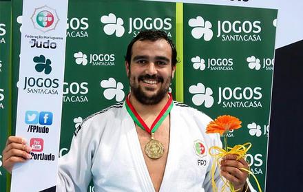 Estudante Diogo Silva, FCT NOVA, é campeão nacional de Judo