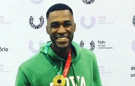 Paulo Conceição, FCT NOVA, bate Recorde Nacional Universitário de Salto em Altur