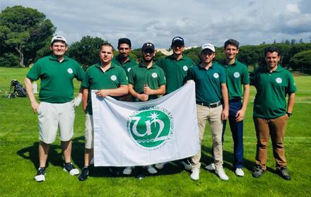 Equipa da FCT NOVA de golf