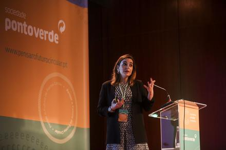CENSE researcher presents study on the potential of the circular economy in Port