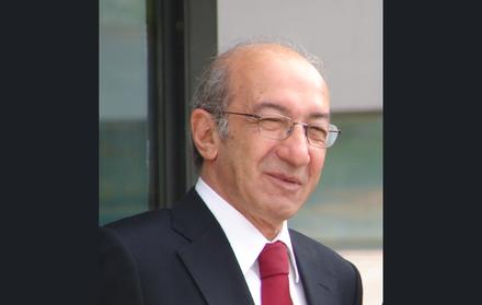 Em memória do Professor Fernando Santana