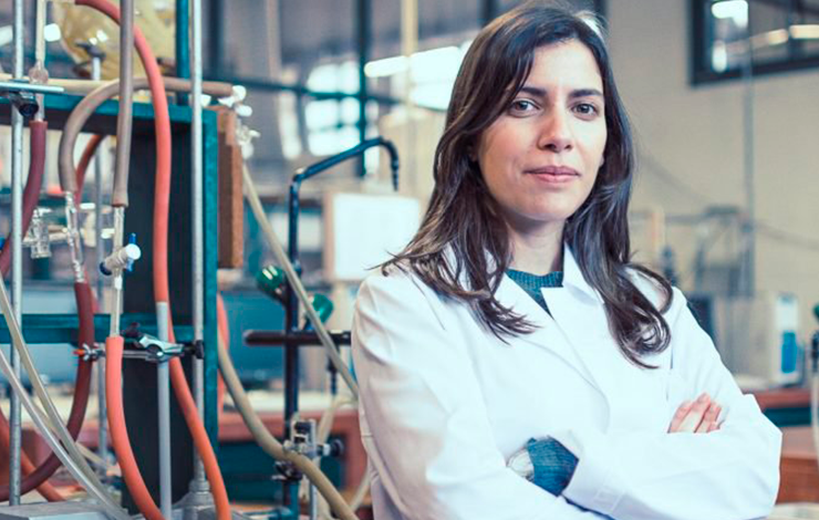 "Antiga aluna da FCT NOVA vence Prémio ""Women in Science"""