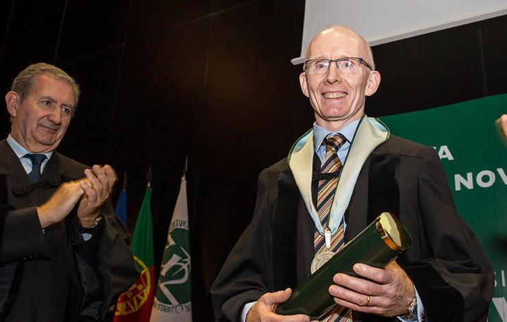 Doutoramento Honoris Causa atribuído pela NOVA a Andrew Livingston
